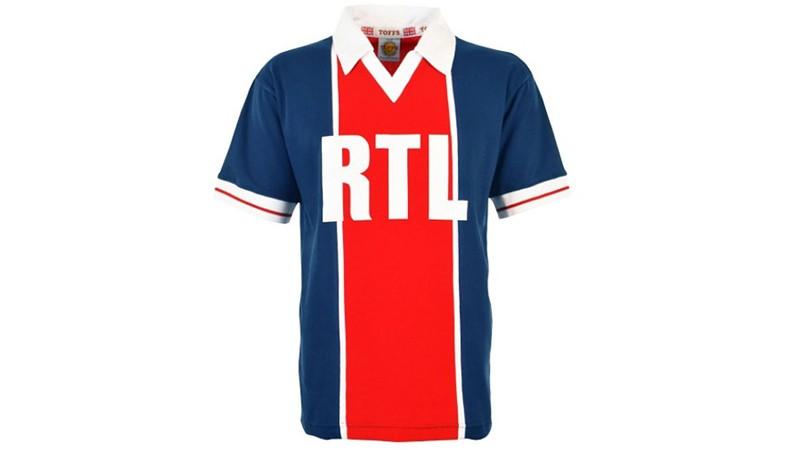 Leaked Paris Saint Germain S 2020 21 Season Home Away And 3rd Kits
