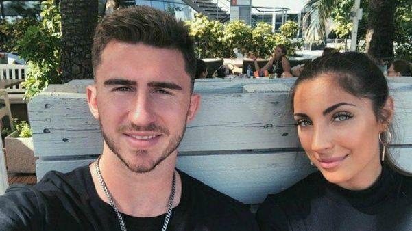 Aymeric Laporte met enigmatische, vriendin Sara Botello